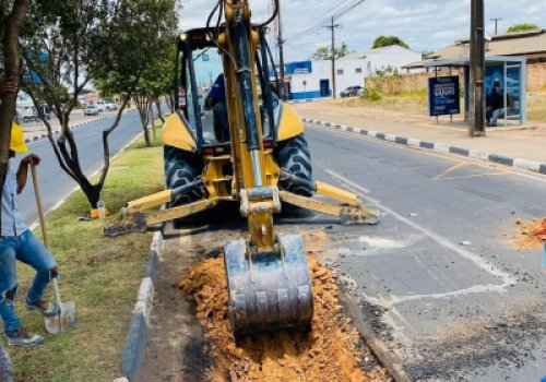 No Cidade Satélite - Governo inicia trabalho de interligação de caixa d'água ao sistema de abastecimento do bairro
